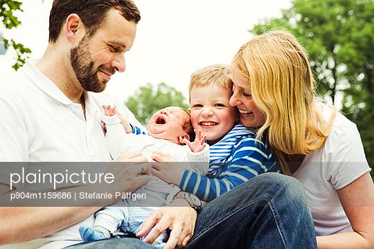 Familienportrait - p904m1159686 von Stefanie Neumann
