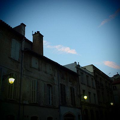 Summer night in Arles - p9270004 by Florence Delahaye