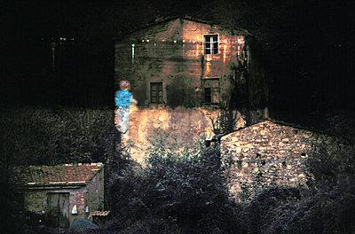 Kind Carrara Haus - p9793389 von Klapschuweit
