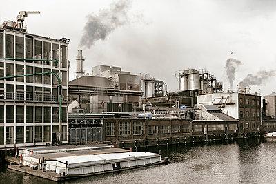 Fabrik - p1222m1333228 von Jérome Gerull