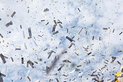 Confetti - p045m696776 by Jasmin Sander
