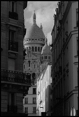 Paris, Montmartre District - p1654m2253744 by Alexis Bastin