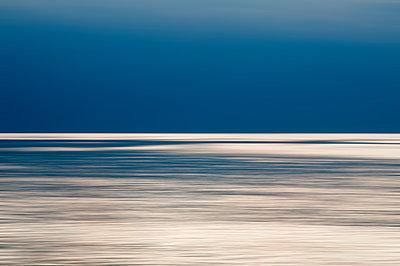 Abendlicht an der Ostsee - p171m1219371 von Rolau
