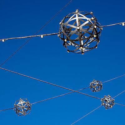 Metal Balls - p401m2203249 by Frank Baquet