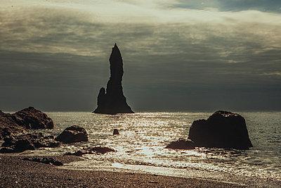 Strand in Vik (Reynisdrangar) - p979m1072032 von Sabine Skiba