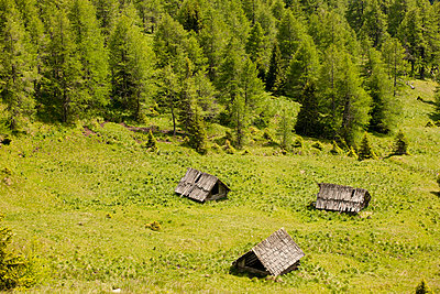 Three huts in the mountains of Austria - p5330327 by Böhm Monika