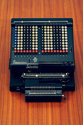Mechanische Rechenmaschine - p550m2273282 von Thomas Franz
