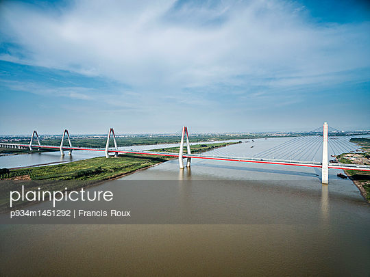 Aerial view of Nhat Tan bridge in Hanoi, Vietnam, Southeast Asia - p934m1451292 by Francis Roux photography