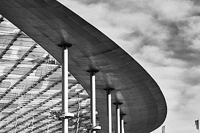 Germany, Hamburg, Roof - p1686m2288566 by Marius Gebhardt