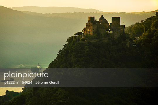Burg Schönburg am Rhein - p1222m1154624 von Jérome Gerull