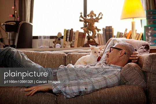 p1166m1099132f von Cavan Images