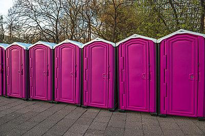 Pink - p223m951815 by Thomas Callsen