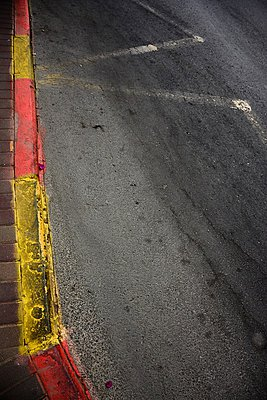 Bus stop marks on sidewalk - p1072m993446 by Tal Paz-Fridman photography