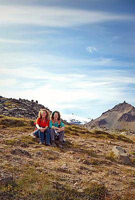 Freundinnen in Island - p382m1355435 von Anna Matzen
