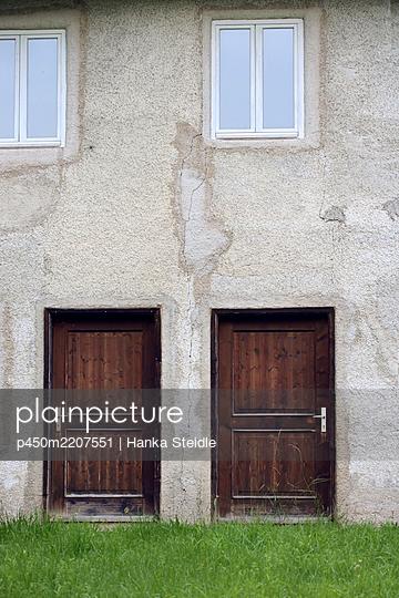 House wall - p450m2207551 by Hanka Steidle