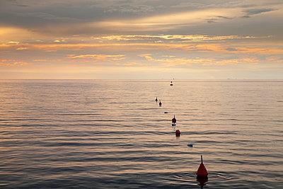 Slovenia, Istria, Slovene Littoral, Izola, Adriatic coast in the evening - p300m975513f by Wilfried Wirth