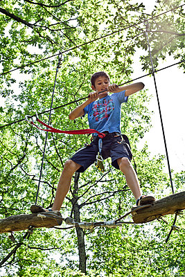 Ropes course - p445m1051404 by Marie Docher