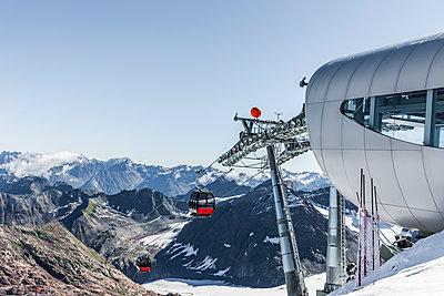 Kaunertaler Gletscherbahn - p248m1181368 von BY