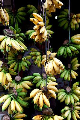 Bananas - p637m2008475 von Florian Stern