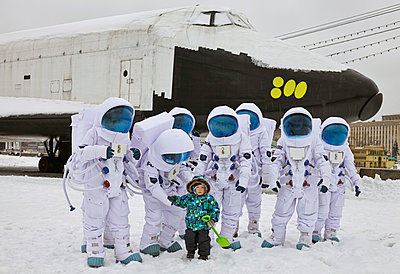 Astronauts - p390m813060 by Frank Herfort