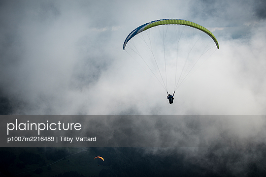 France, Aravis, Paragliding in the Alps - p1007m2216489 by Tilby Vattard