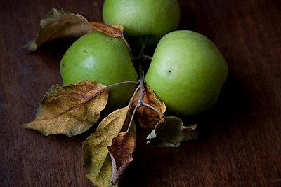 Fresh apples - p6280503 by Franco Cozzo