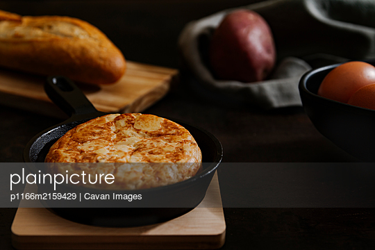 p1166m2159429 von Cavan Images