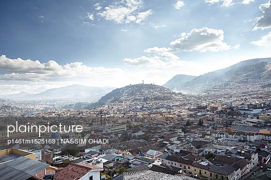 Quito - p1461m1525169 von NASSIM OHADI