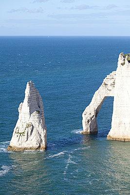 White cliffs - p5960127 by Ariane Galateau