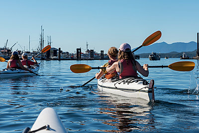 Kayaking in Clayoquot Sound, Vancouver Island; Tofino, British Columbia, Canada  - p442m1523987 by Keith Levit