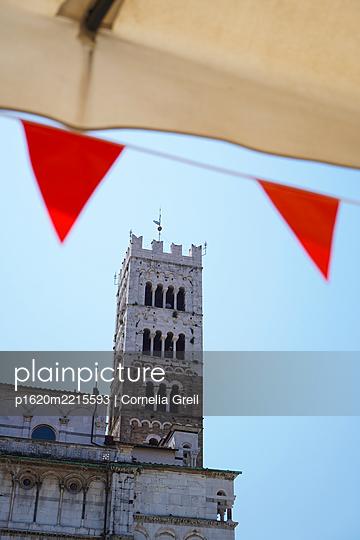 Glockenturm Kathedrale von Lucca  - p1620m2215593 von Cornelia Greil