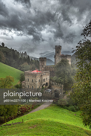 Chiusa / Klausen, province of Bolzano, South Tyrol, Italy. The Garnstein castle in Tinne valley - p651m2271100 by Manfred Kostner