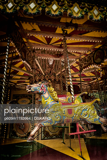 Merry-go-round fun fair horse painted colorful old - p609m1192664 by OSKARQ