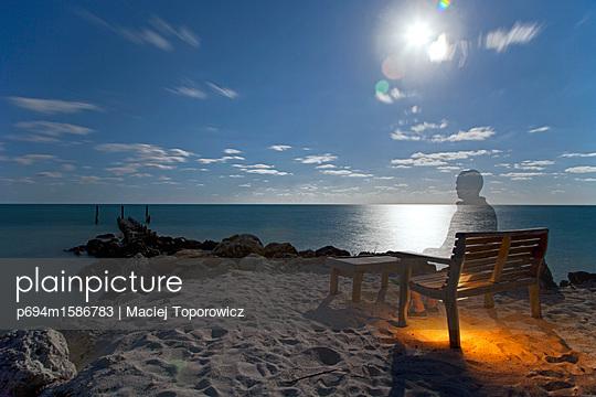 p694m1586783 von Maciej Toporowicz photography