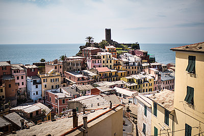 view of vernazza village - p1007m1424581 by Tilby Vattard