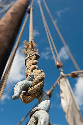 Tall Ship - p1003m738308 by Terje Rakke