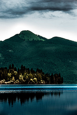 Walchensee - p248m1051817 by BY