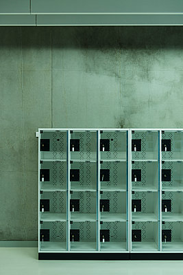 Transparent lockers - p335m1152301 by Andreas Körner