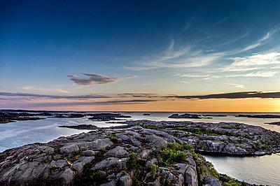 Sonnenuntergang am Meer - p393m1115425 von Manuel Krug
