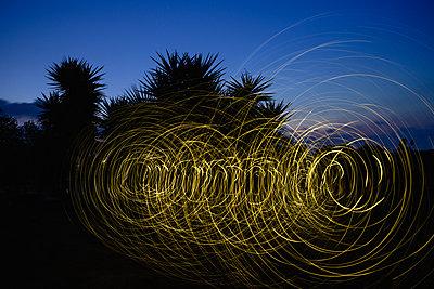 Lichtkreise - p1580m2158192 von Andrea Christofi