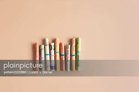 Ordered monetary matters  - p454m2222883 by Lubitz + Dorner