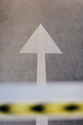 Directional arrow on a lane - p300m1115007f by Mauro Grigollo