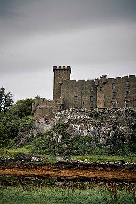 Dunvegan Castle - p1124m1491375 von Willing-Holtz