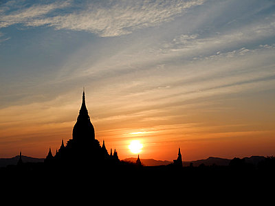 Bagan - p1189m1059681 von Adnan Arnaout