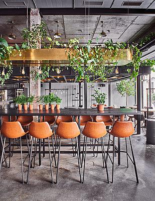 Restaurant with loft charakter - p390m1510862 by Frank Herfort