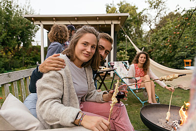 Garden party - p788m2037428 by Lisa Krechting