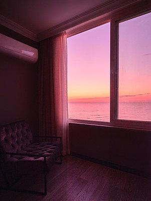 Türkei, Hotelzimmer mit Meerblick - p390m2247419 von Frank Herfort