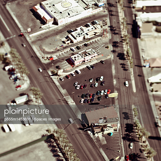 Aerial View of City Streets - p555m1453691 by Spaces Images