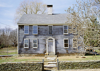 18th century colonial farmhouse, Westbrook, Connecticut. - p8551802 by Philippa Lewis