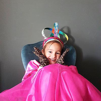 Girl in costume, portrait - p1105m2185255 by Virginie Plauchut
